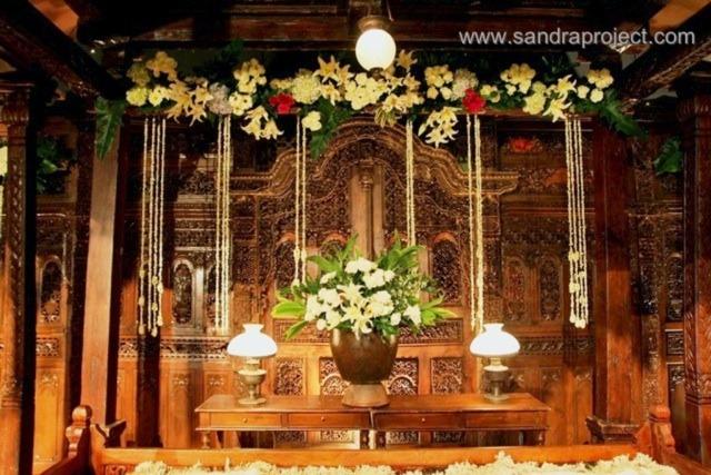 Dekorasi Pernikahan Jawa Di Auditorium Manggala Wanabakti